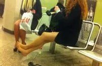 Tarado filmando mulher na loja de sapato
