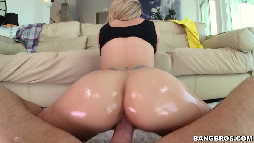 Vídeo porno com loira arrombada na pica