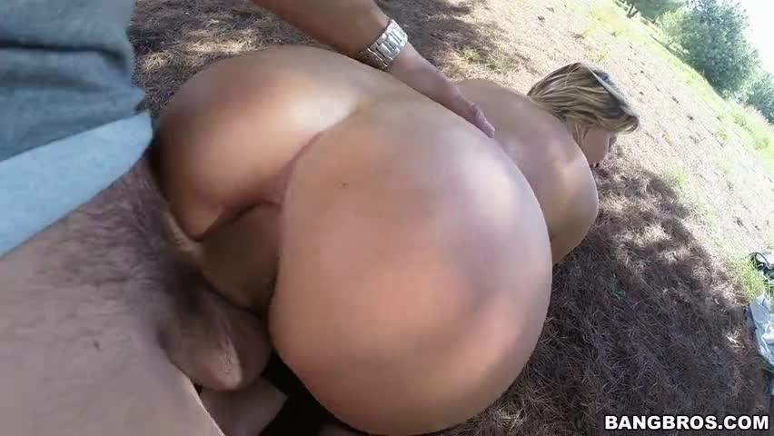 Anna Poliana fazendo sexo anal no vídeo porno